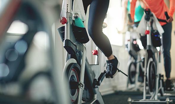 Bike'it cours de vélo à la salle de sport Burpees Studio à Tours
