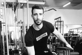 Max, stagiaire à la salle de sport Burpees Studio à Tours